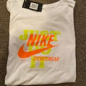 Brand New Nike T Shirt